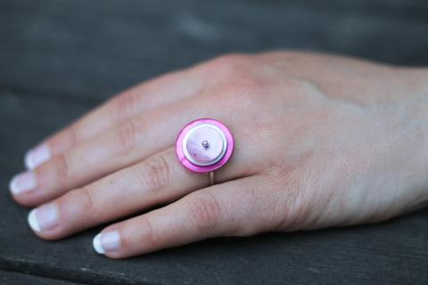 Rosa silverring med pärlemor