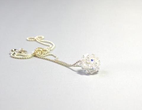 swarovskiboll small crystal på silverkedja