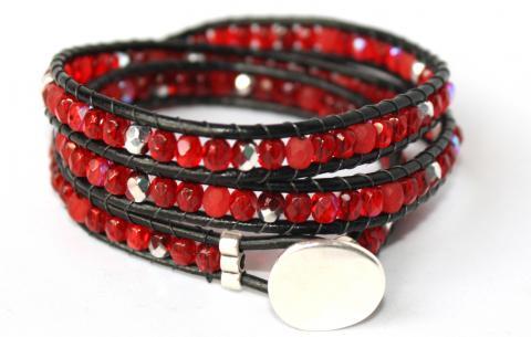 Wraparmband i rött och silver